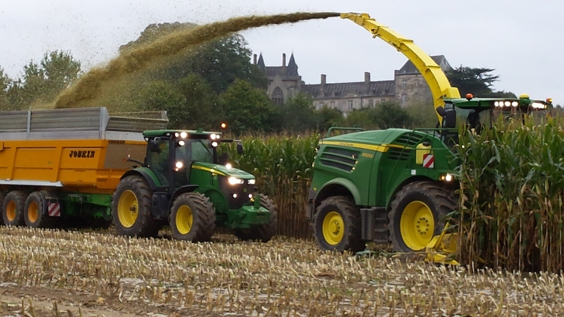 GUILLON BARBOT Travaux Agricoles Vitre En Ille Et Vilaine 20141023 170454 E1428481849298 167