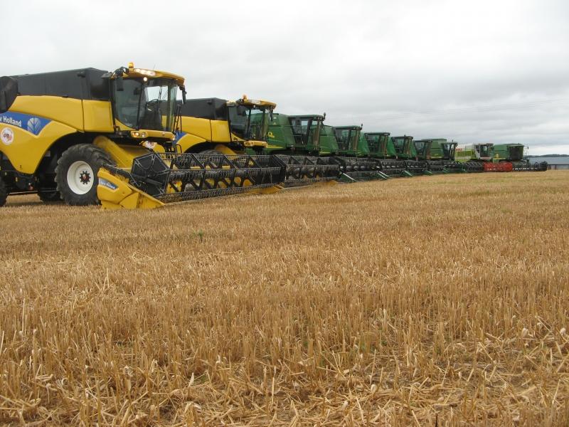 GUILLON BARBOT Travaux Agricoles Vitre En Ille Et Vilaine Battages 2008 55 E1424337536137 194