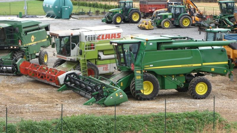 GUILLON BARBOT Travaux Agricoles Vitre En Ille Et Vilaine Battages 2008 67 E1424337548663 202