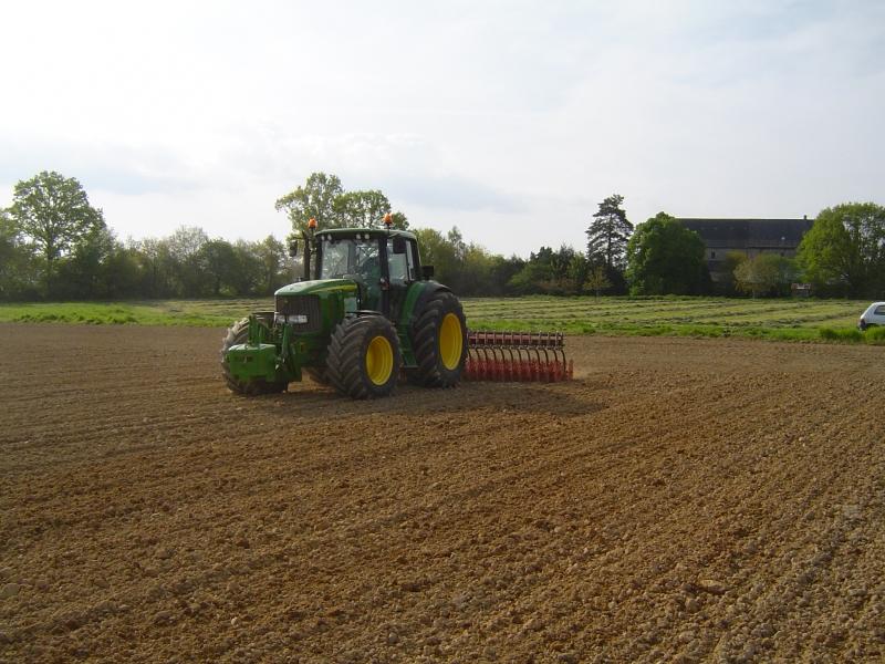 GUILLON BARBOT Travaux Agricoles Vitre En Ille Et Vilaine Bineuse 4 E1424337588301 205