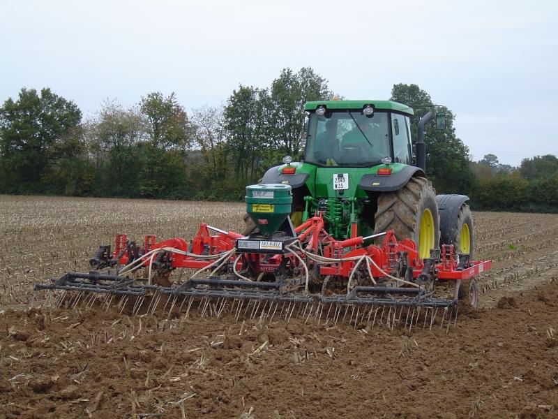 GUILLON BARBOT Travaux Agricoles Vitre En Ille Et Vilaine Combiné 6m DELAGREE 21 E1424337649855 223