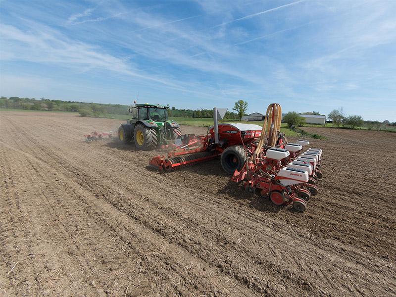 GUILLON BARBOT Travaux Agricoles Vitre En Ille Et Vilaine IMGP1707 240