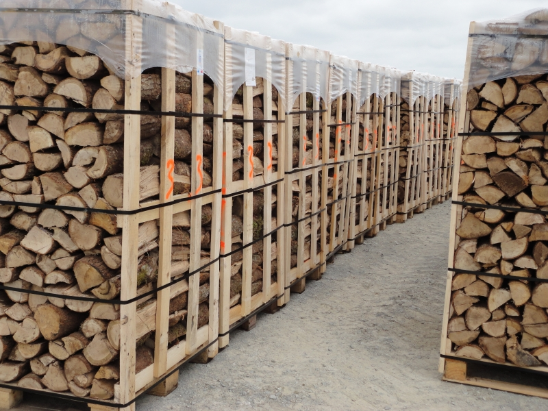 GUILLON BARBOT Travaux Agricoles Vitre En Ille Et Vilaine Palettes Bois Cornély 6 E1424337732401 232