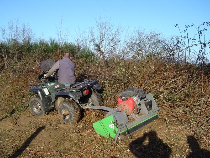 GUILLON BARBOT Travaux Agricoles Vitre En Ille Et Vilaine Quad 3 E1424337744391 162