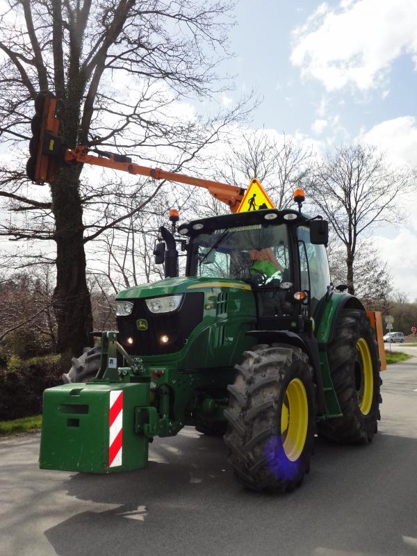 GUILLON BARBOT Travaux Agricoles Vitre En Ille Et Vilaine TA JD 6140R En Mode Poste Inversé 23 E1424337915151 163