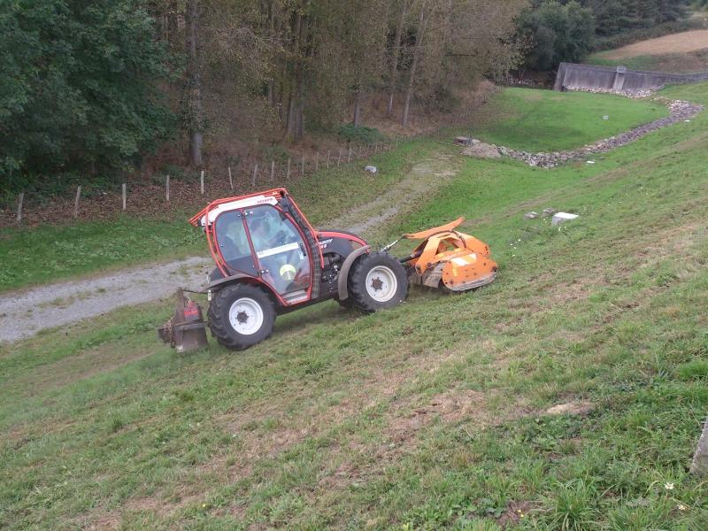 GUILLON BARBOT Travaux Agricoles Vitre En Ille Et Vilaine Tracteur Pentes Reform 14 E1424337764737 157