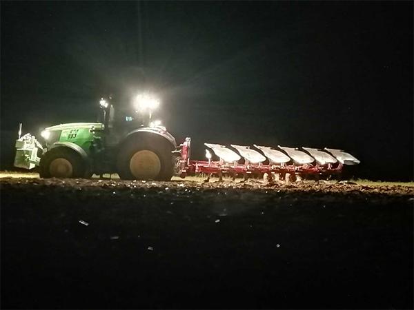 GUILLON BARBOT Travaux Agricoles Vitre En Ille Et Vilaine Metier51 359